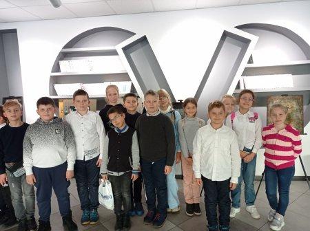 """Учні 4-х класів ліцею """"Євроленд"""" відвідали Центральну дитячу бібліотеку ім.Т.Г.Шевченка"""